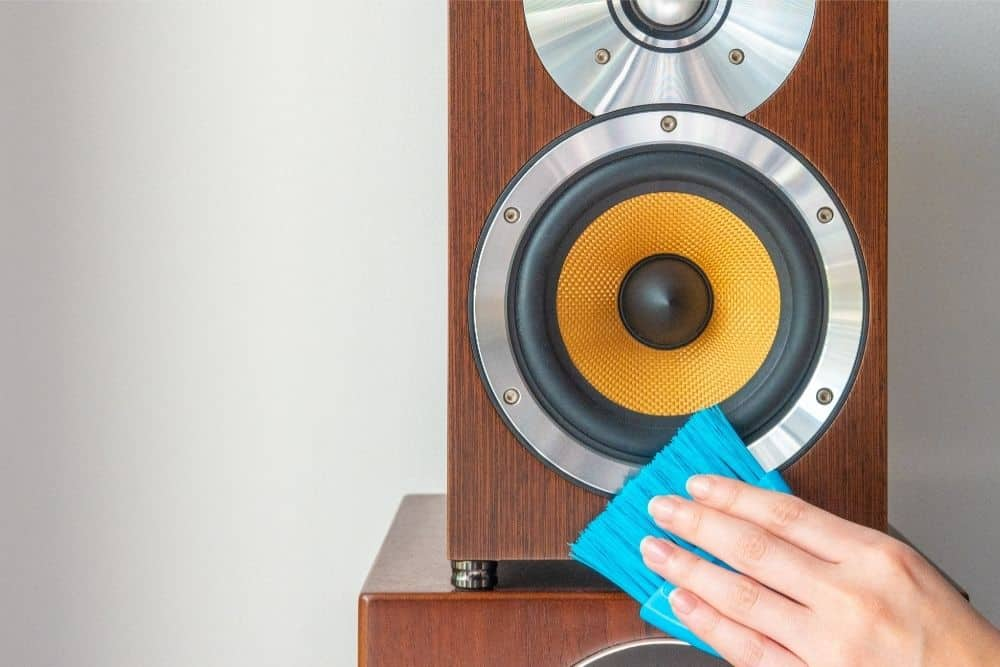 How To Clean Speaker Grill